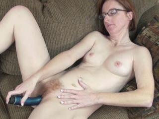 Horny housewife Layla Redd wears nothing but her h