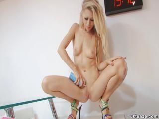 Fun Blonde