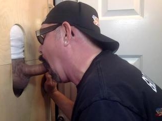 Married Man Gets Blown At The Gloryhole