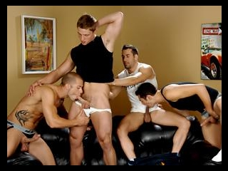 Rod, Marcus, Zac & Tyler Bathroom Shenanigans