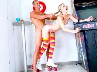 Pinball Roller Girl