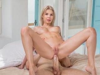 Tushy - Olivia Sin